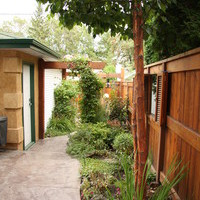 Garden design ideas for a mature lot including patio design and flower garden ideas.
