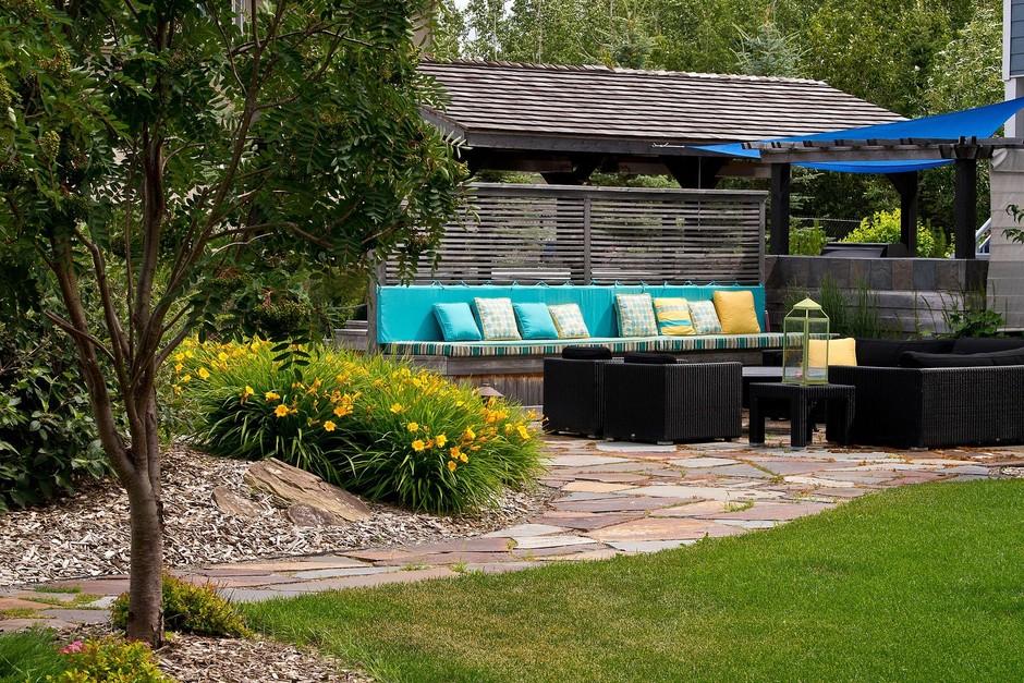 Garden Design Ideas For Acreage : Landscaping design for a large yard including flower garden ideas
