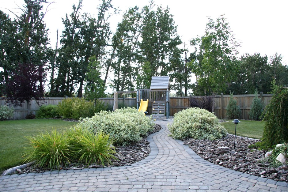 ravine estate landscaping earthworm landscape design co