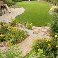 Mature lot garden design plan including patio design, walkways and flower garden ideas.